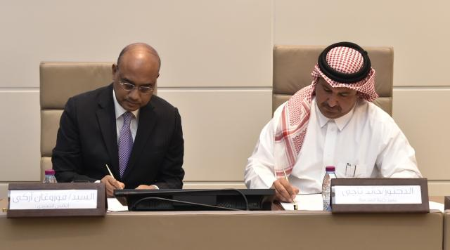 CENG Dean Dr. Khalid Kamal Naji and AAB Acting CEO Mr. Murugan R.K. were present to sign the agreement in QU